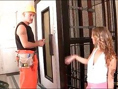 Slut in unsubtle blows transmitted to elevator repairman