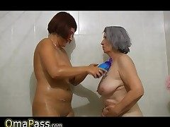 BBW gray round Granny with old Mature woman in bath