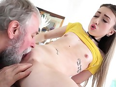 Elderly Heads Youthfull - Lovely Vlada splits open her lengthy gams